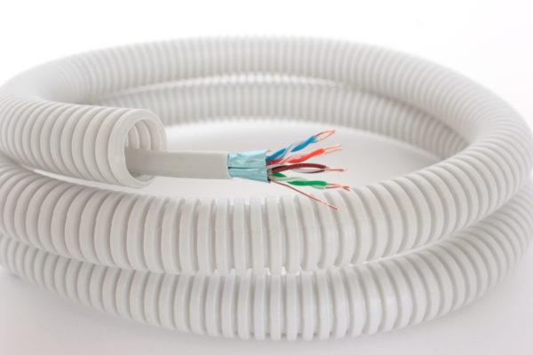 Интернет-кабель витая пара REXANT FTP 4PR 24AWG, CAT5e в ПВХ гофре 20мм, 100 м.